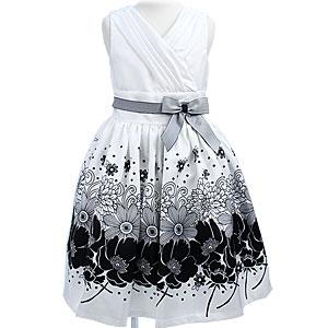 フラワービーズ刺繍のモノトーンノースリーブドレス