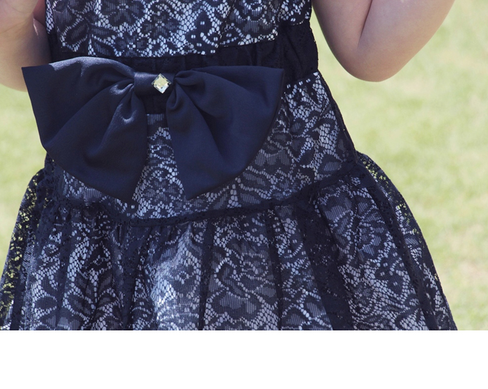 SALE 子供 韓国子供服 ショコラシリーズ サテンリボンドレスワンピース 紺色 濃紺 ハイウエス アンティーク調 膝丈 クラシカルな総レースワンピース「ネイビー」100 120cm